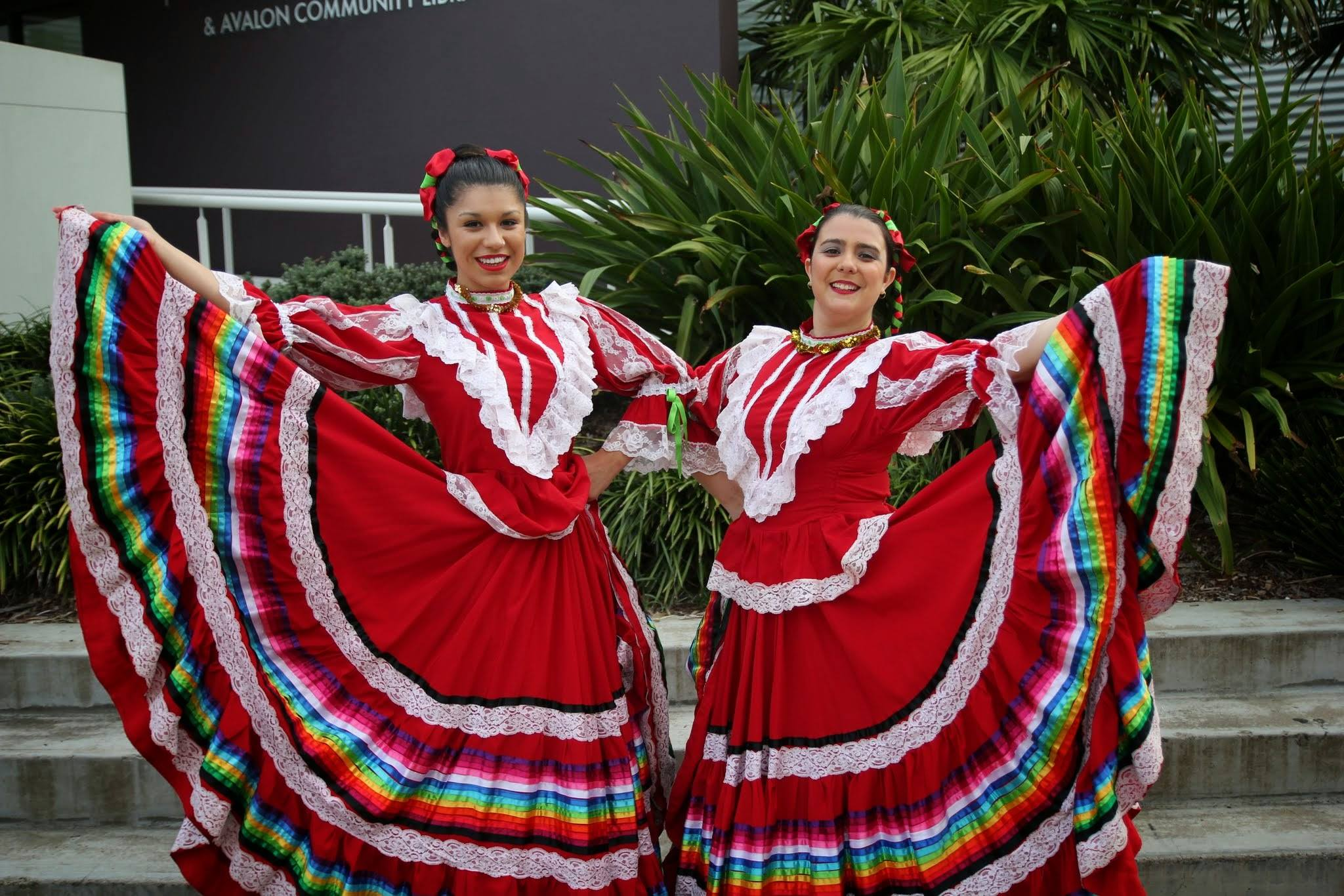 Mexican dancers available for weddings, corporate events. birthday parties and Mexican theme events. Sydney, Auctralia. http://www.talentonline.com.au/mexican-bands/mariachis-sydney-nsw.html